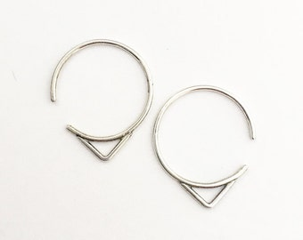 Arrow hoops