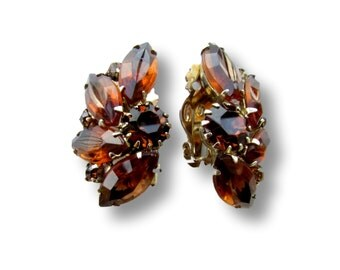 Weiss Earrings, Vintage Weiss Earrings, Weiss Rhinestone Earrings, Weiss Amber Rhinestone, Amber Rhinestone Earrings, Clip On Weiss Earrings