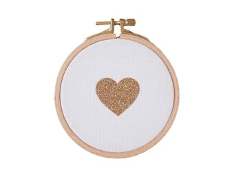 Heart shaped Wall frame - white and gold - Valentine Day - House - Houseware - Decoration - Love - Christmas
