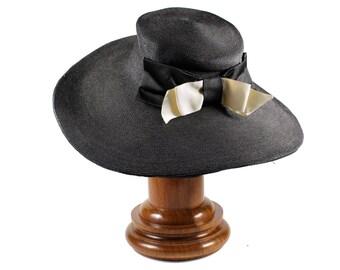 Vintage Wide Brimmed Hat Black Raffia