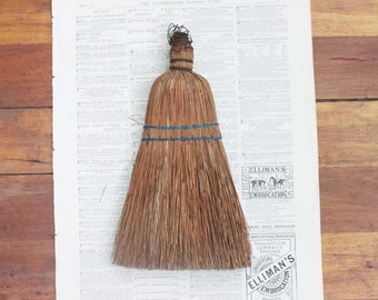 Vintage Straw Whisk Broom / Farmhouse Rustic