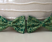 Dog Bow / Bow Tie - Green w Gold Shamrock