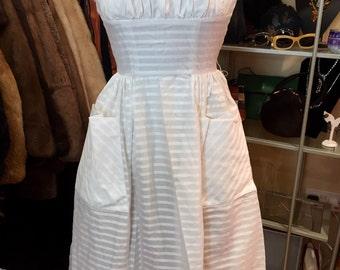 Stunning Rhona Roy 1950's white cotton day dress - size 8