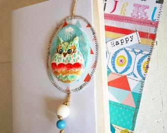 Bookmark totem OWL multicolor - customizable