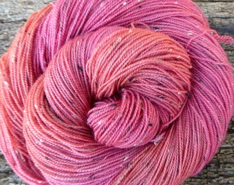 MERINO DONEGAL Nep wool, 100 gms, Hand Dyed, Mollycoddle Yarns, 4 ply, fingering, sock, 400 mts