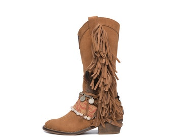 High West Tribal White Layer boots