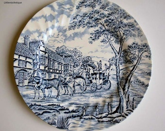 Vintage Retro English Tableware Churchill Made in England 'The Georgian Collection' Blue and White Lunch Plate