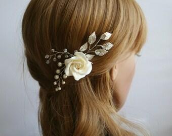 Rose hair pin, Rose hair flower, Wedding flower hair pin, Bridal flower hair pin, Bridal hair clip, Leaf hair clip, flower hair pin