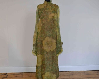 Green floral 70s floaty summer dress
