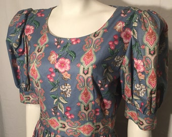 Vintage Melissa Blue and Pink Paisley Floral Puffy Short Sleeve Lady Diana Shy Di Dress Size 10 Medium M Made in USA Prairie Dress