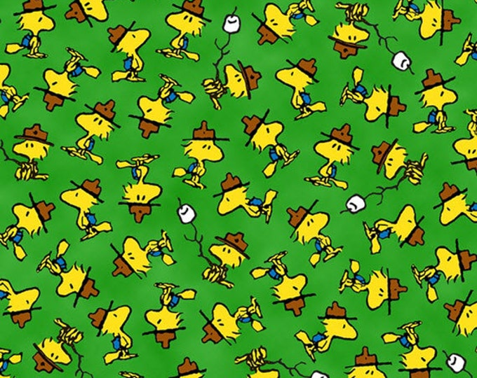Half Yard Camp Peanuts - Woodstock Toss in Green - Charlie Brown Cotton Quilt Fabric - Quilting Treasures - 22533-G (W3149)