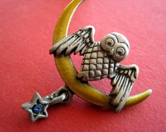Pin's nifty on Moon enameled vintage 80