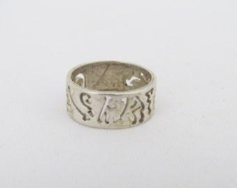 Vintage Sterling Silver Carved Band Ring Size 5.5