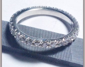 Silver ring with zirconium