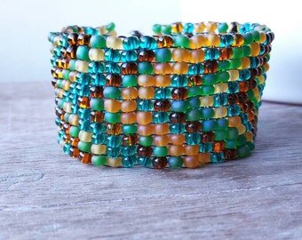 Chevron Beaded Womens Bracelet in Blue, Green and Brown