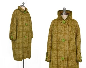 Vintage 1950s Coat • 50s Plaid Wool Coat • Oversized 50s Coat • Green Plaid Coat • Heavy 1950s Wool Coat • Amazing Vintage Buttons!