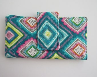 Quilted Women's Wallet, Zipper pocket, Magnetic Snap, Six card slots, Bifold, Handmade, Teal, Squares, Pink