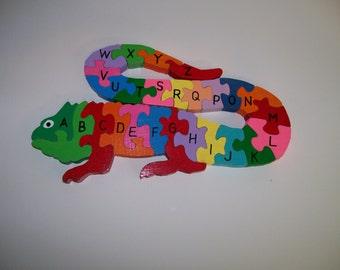 Wooden puzzle Lizard Alphabet