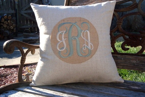 Monogram Pillow Cover. Burlap Pillow. Linen Pillow. Cottage Chic. Shabby Chic.