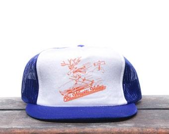 Vintage Ski Wapiti Valley Wyoming Skiing Deer Mountain Trucker Hat Snapback Baseball Cap
