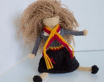 Hermione Granger: harry potter   harry potter doll   crochet harry potter   faceless doll   crochet for play   gift