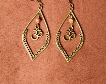 Ethnic earrings ૐ Jasper