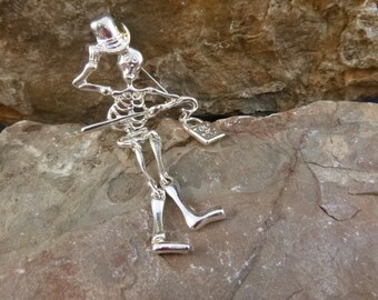 Articulated Skeleton with Trick or Treat Bag Vintage Danecraft Large Halloween Pin / Brooch