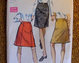 """51% OFF Mid Century 1960's Uncut Misses' Skirt Sewing Pattern Simplicity 7995 25"""" Waist"""