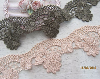 1 Yard-Dusty Pink Flowering Venice Lace/NV164-Embroidered Venice Lace/Delicate Lace/Netting Lace