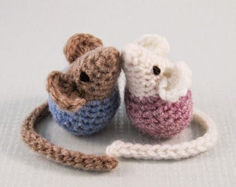 Handmade Stuffed Mice Toy, Mouse Amigurumi, Tiny Mice Stuffy, Photo Prop Cinderella Theme