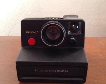 Polaroid pronto black camera