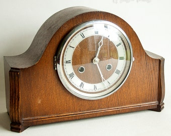 Vintage 30s-50s Arts & Crafts Chiming Mantel Clock Needs Attention