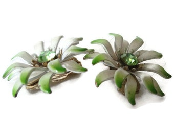 Green And White Enamel Rhinestone Flower Earrings