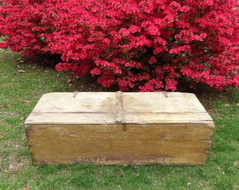 Primitive Blanket Chest / Yellow Blanket Chest / Yellow Storage Trunk / Vintage Painted Trunk / Storage Chest / Antique Trunk