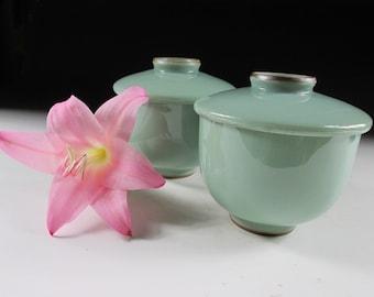Pair of Mint Green Lidded Tea Cups, Koedo