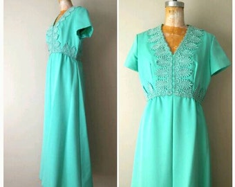 Vintage 1970s Prom Gown, Grecian Inspired Gown, Seafoam Green Dress, 70s Green Dress, Vintage Bridesmaid Dress, Split Front, Size Medium
