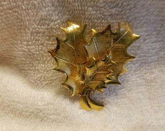 Gold Toned Leaf Trio Brooch