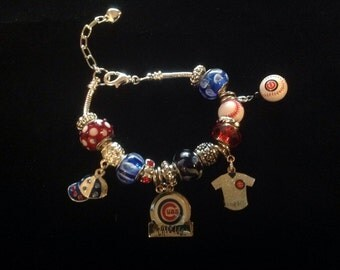 Great Year Cubbies! Charm Bracelet