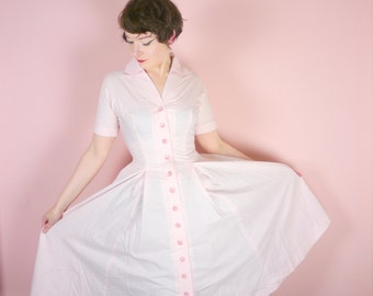 50s PASTEL pink light cotton dress with BUTTON through front and full skirt - Pat Hartly - American DINER waitress style - Mid Century uk10