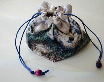 Medium Wolf Pack Lotus Bag