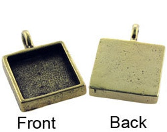 """Square Pendant  5/8"""" dia Gold Plated with Bail (3000GP-31)"""