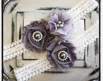 Lace Wedding Garter Set, Vintage Garter, Ivory Lace Garter, Bridal Garter Set, Garter - Ivory lace, Gray Flower Garter Set