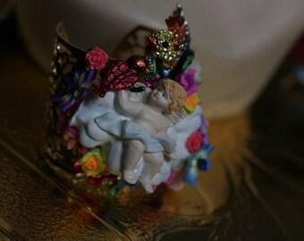Art Jewelry 3D Effect Victorian Cherub Flower Cuff Bracelet Bangle
