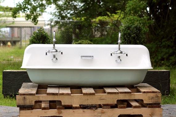 48 Farmhouse Sink : Large 48