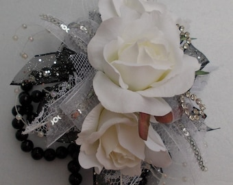 Homecoming/Prom Wrist Corsage