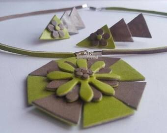 Bijoux (faux leather jewellery)