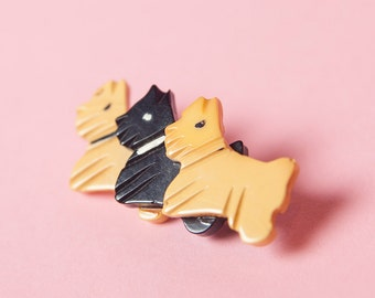 1940's - 1950's Three Scottie Dog Bakelite Brooch