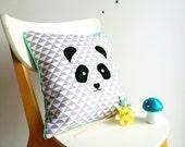 Coussin scandinave, géométrique, Panda, animaux - Coussin décoratif - Décoration d'intérieur - Chambre, Enfant, Bébé - Bleu, Gris - Carré