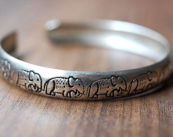 Sterling Silver (92.5%) Plated Thai Elephant Bangle Bracelet, Vintage Thai Jewelry, Everyday and Special Occasion Jewelry