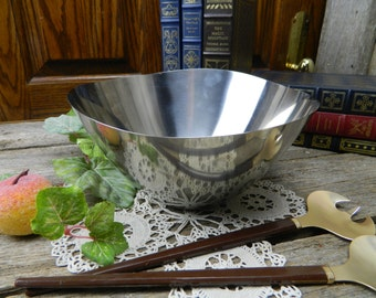 Mid Century Danish Modern Stainless Steel Salad Serving Bowl